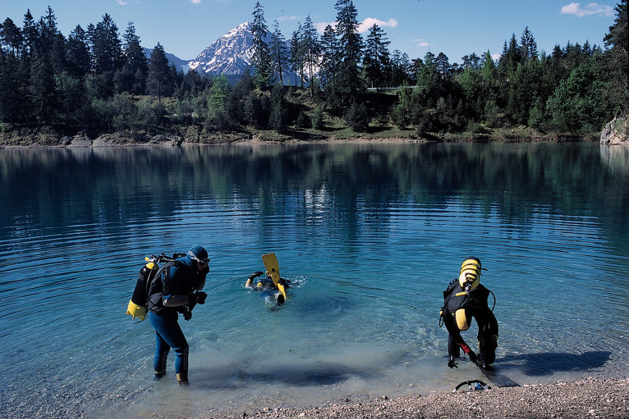 Diving in the lakes of Reutte   Reutte